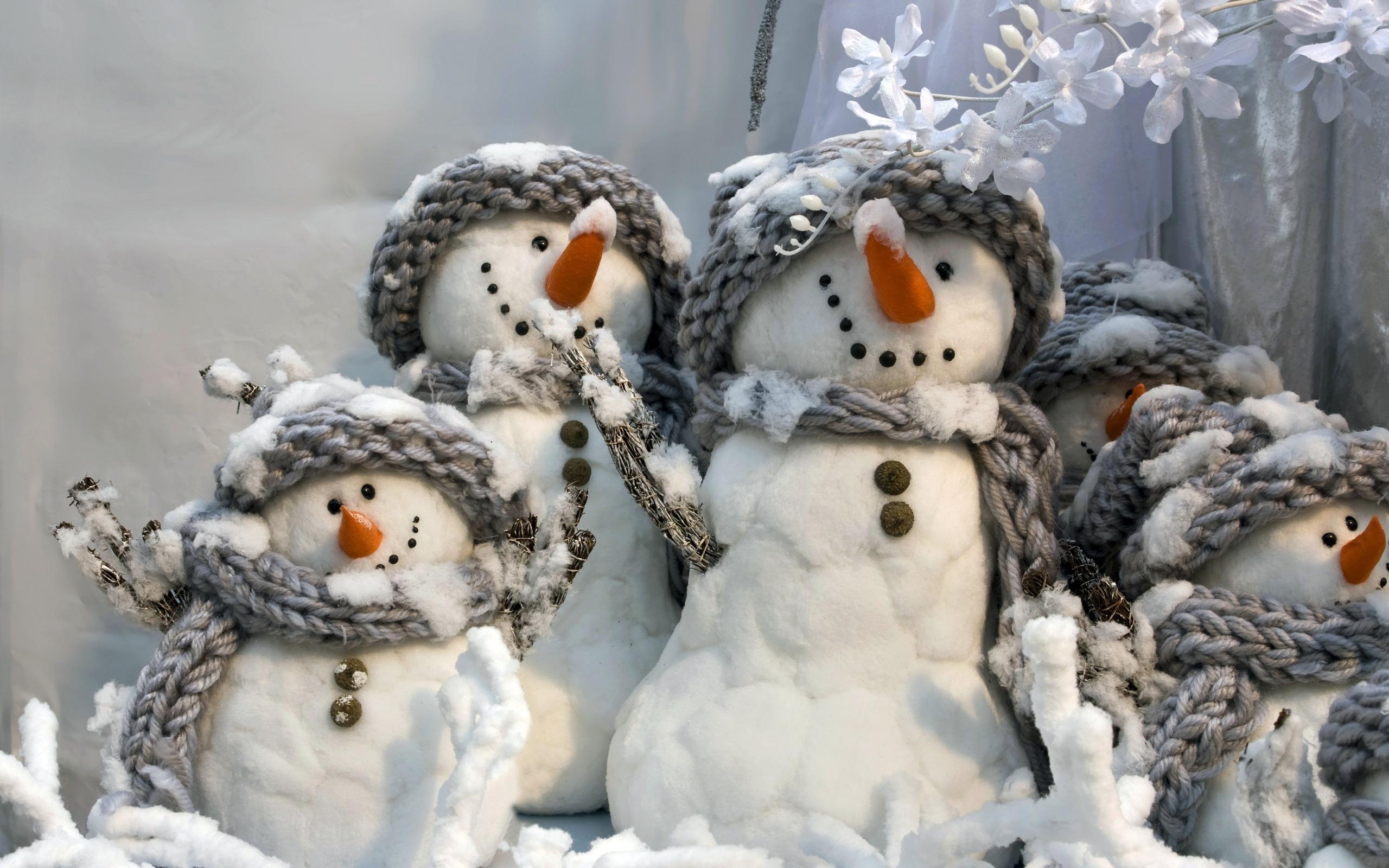 две картинки с забавными снеговиками результате получите уникальную