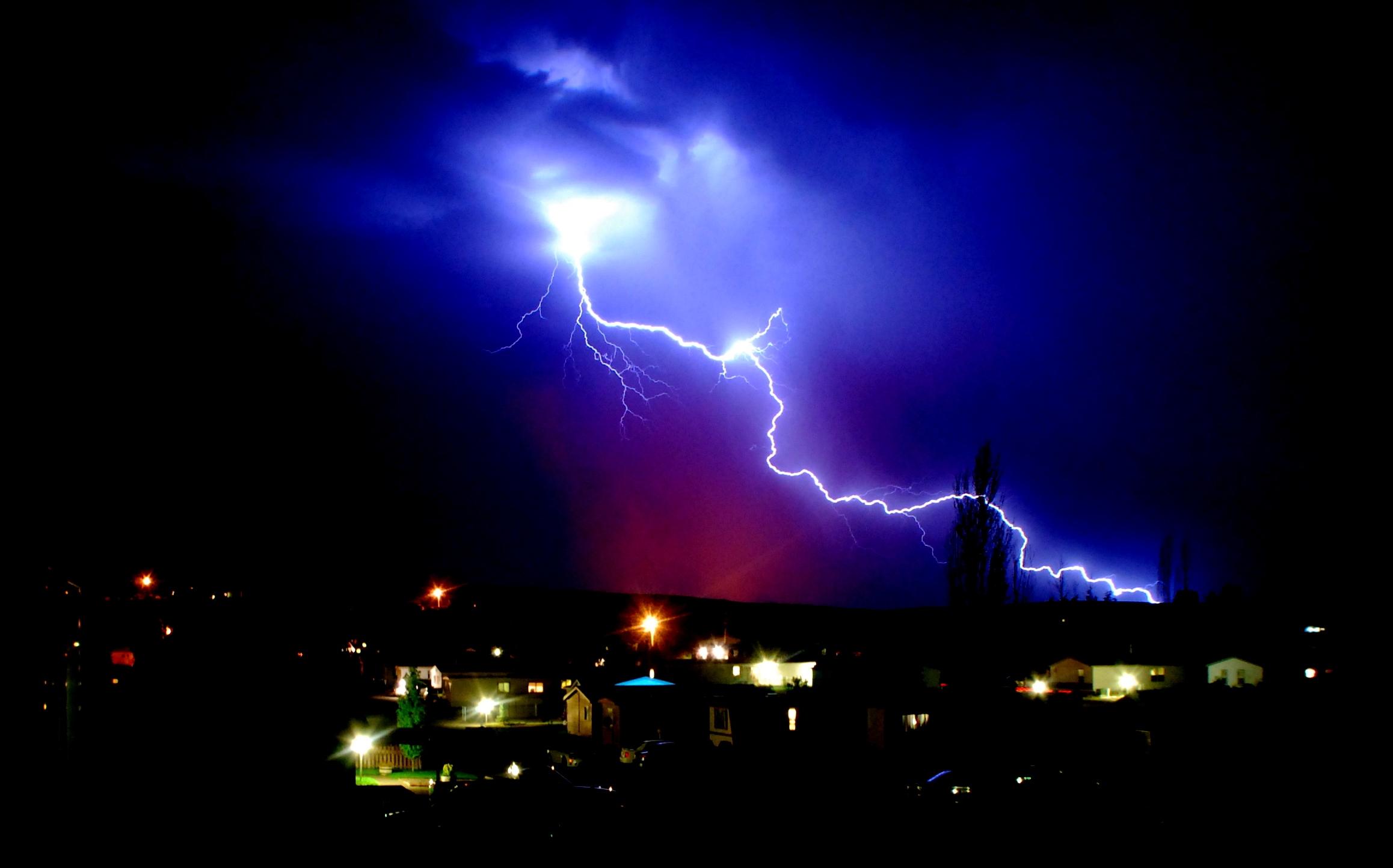 классные фото молния в ночном небе средний сын тоже