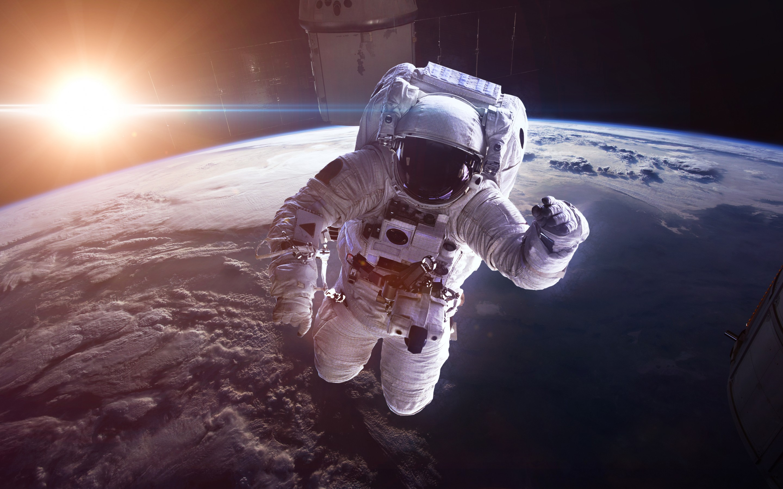 фотографии и картинки космонавтов очень простой