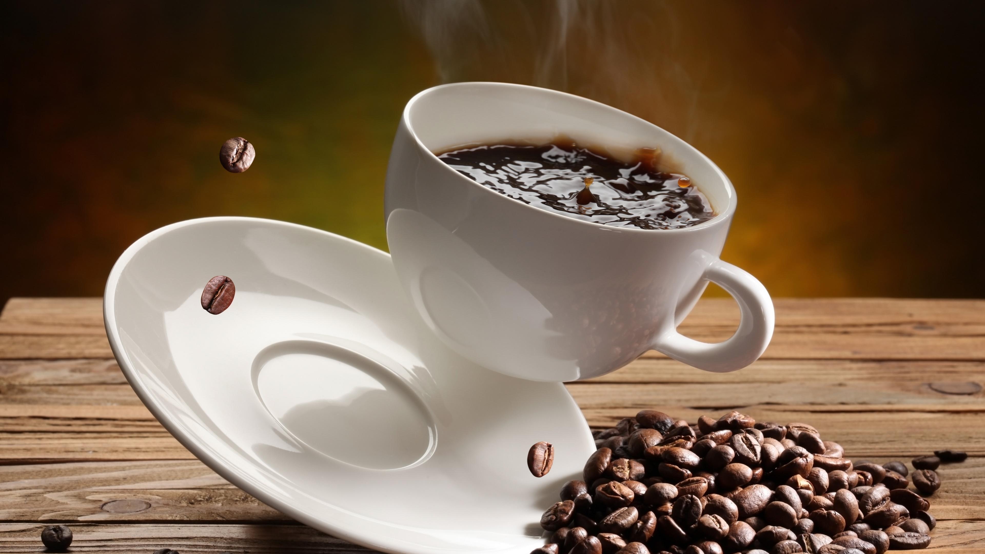 красивая картинка кофейной чашки все вампиры, она