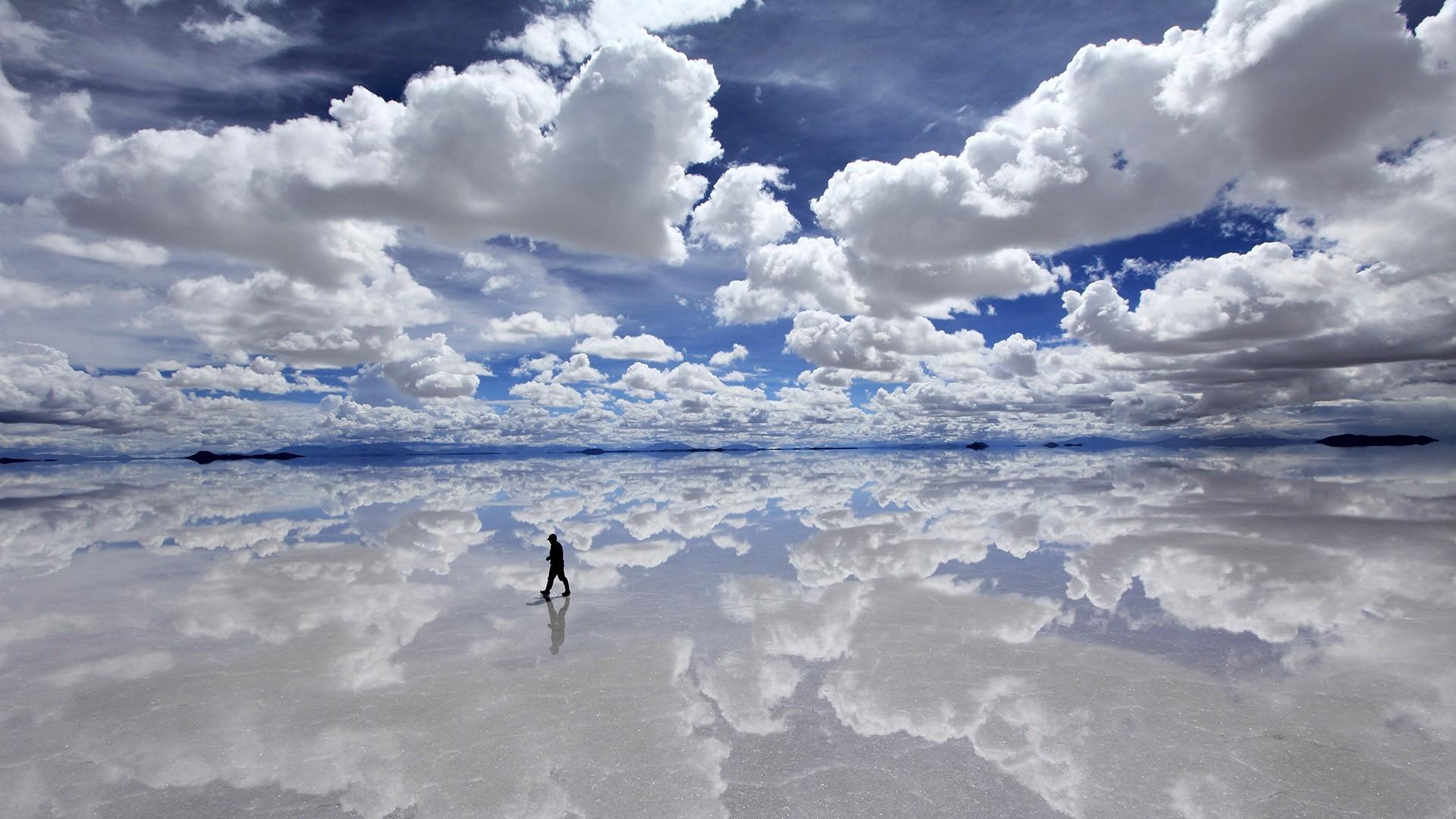 Картинка где небо закручивается