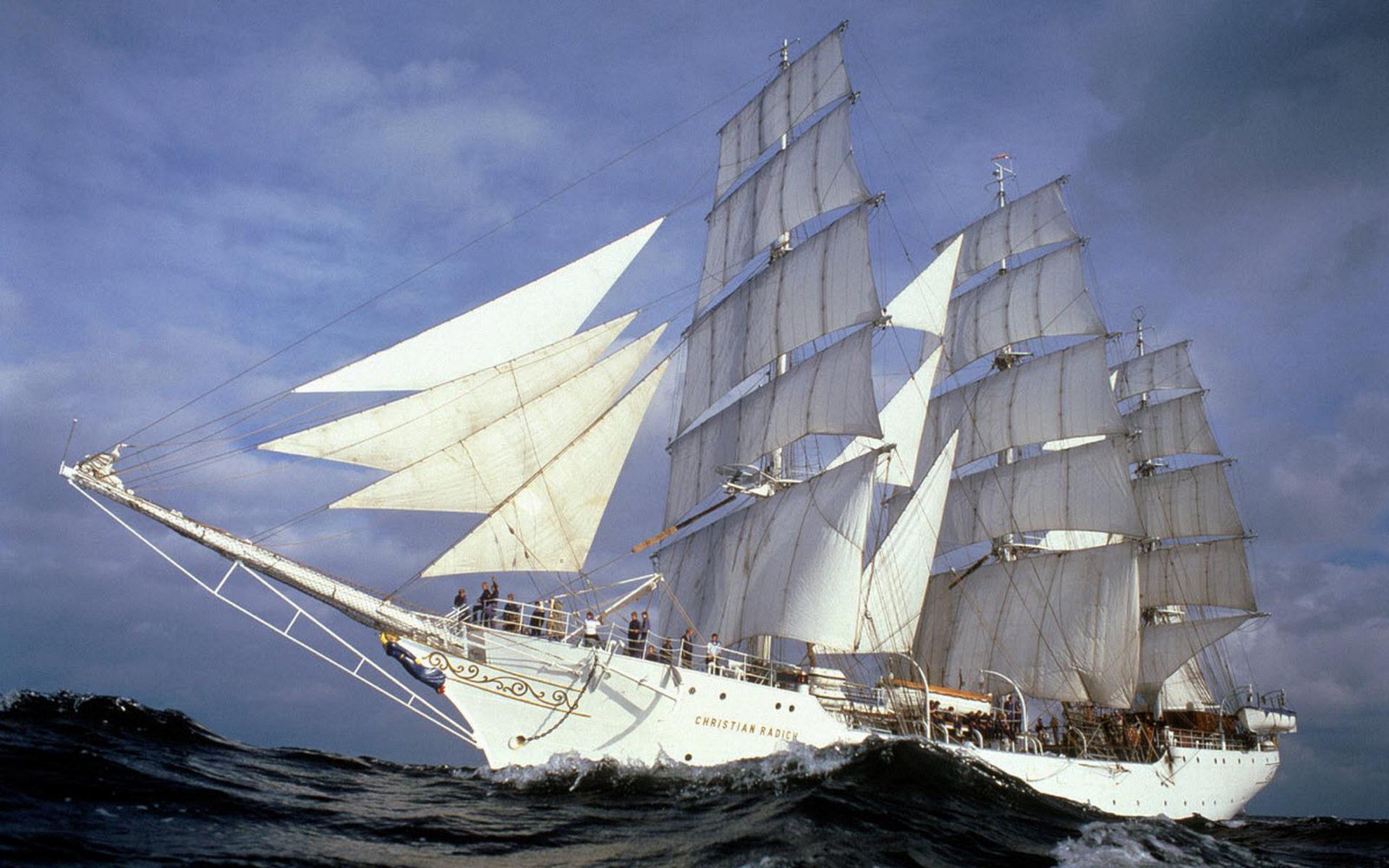 Парусное судно картинка