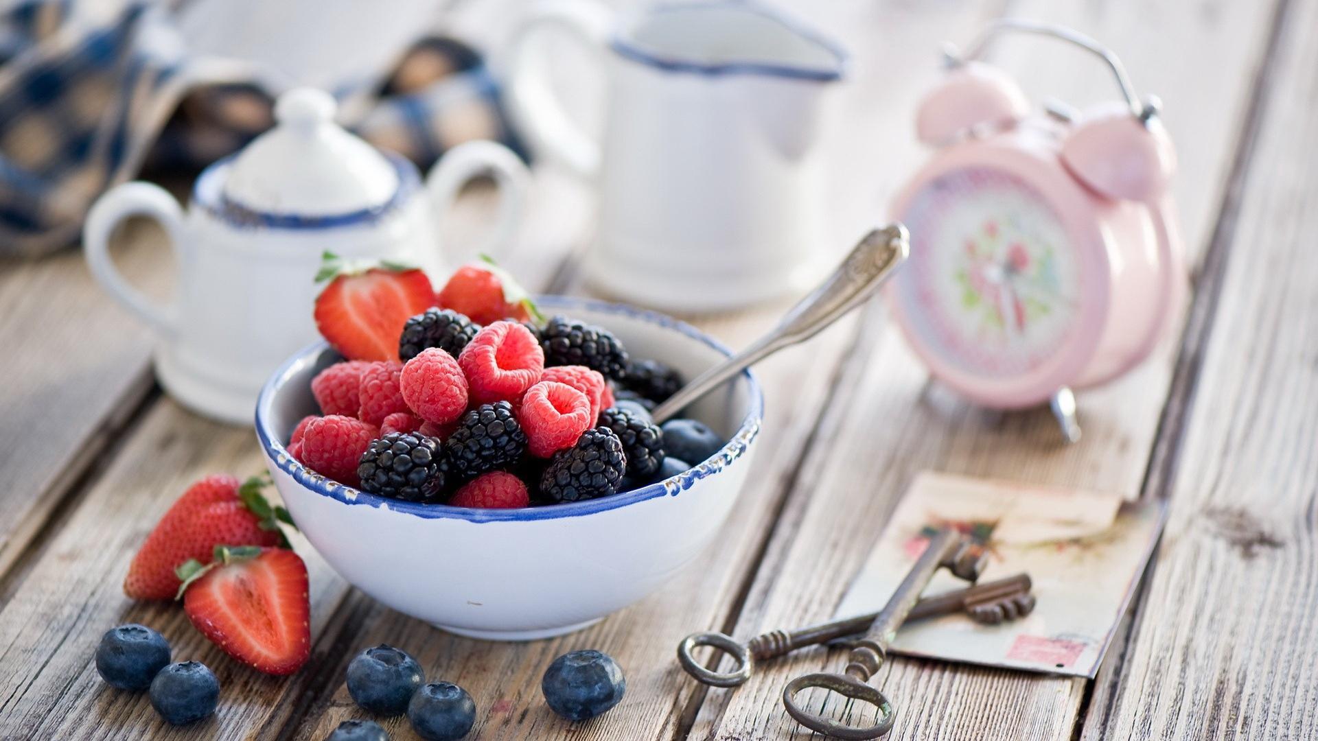 Открытки с добрым утром оригинальные с ягодами